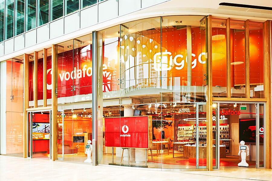 Redefining Processes to Create a Self-Service Data Buffet at VodafoneZiggo